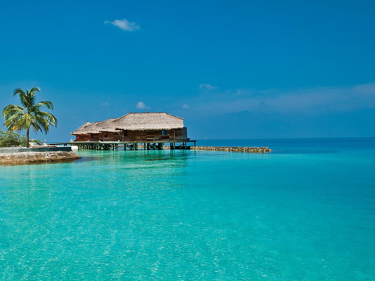 traum urlaub auf den malediven im luxus resort jumeirah vittaveli proud magazine. Black Bedroom Furniture Sets. Home Design Ideas