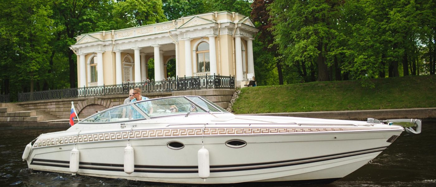 Corinthia Hotel St Petersburg yacht_mirage-2