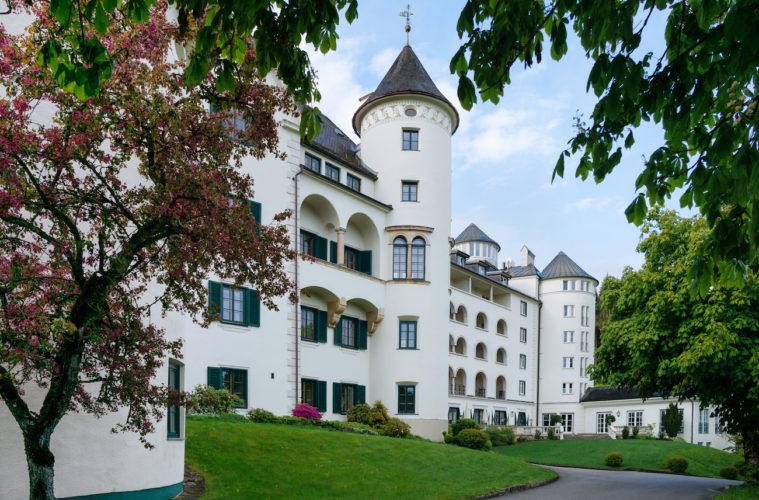 Außenansicht_Romantik Hotel Schloss Pichlarn © Richard Schabetsberger