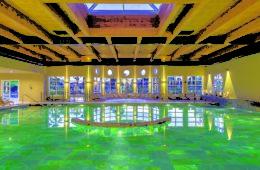 Swimmingpool of Relilax Hotel Terme Miramonti,Montegrotto