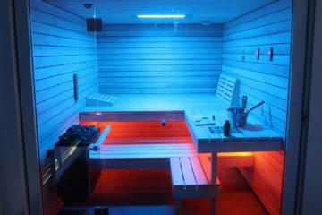 Die Ging Sauna mit Lichttherapie verstärkt das Wellness-Erlebnis.
