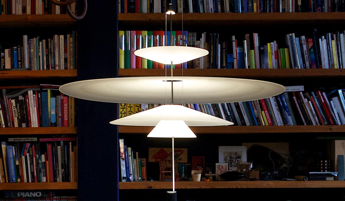 leuchtenhersteller vibia bersetzt licht auf spanisch. Black Bedroom Furniture Sets. Home Design Ideas