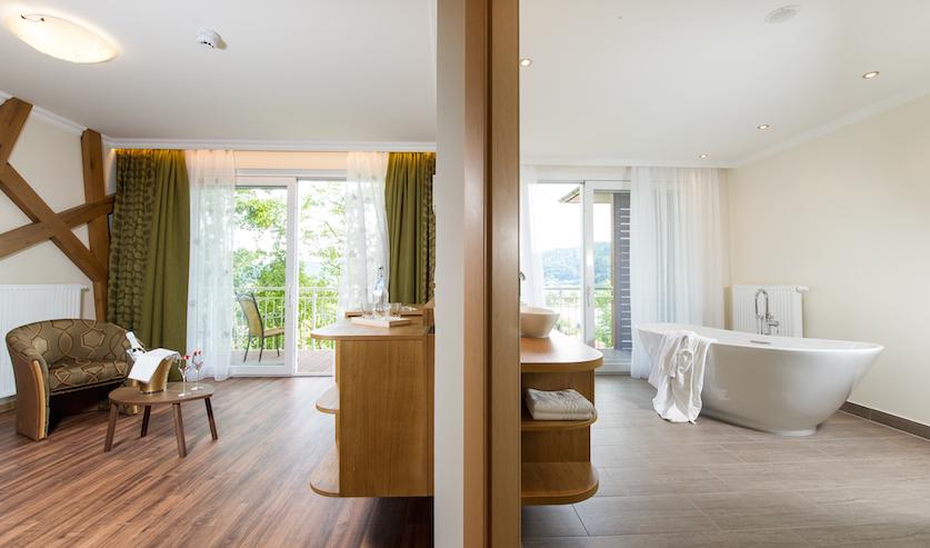 wo die sch nen k nste wohnen. Black Bedroom Furniture Sets. Home Design Ideas