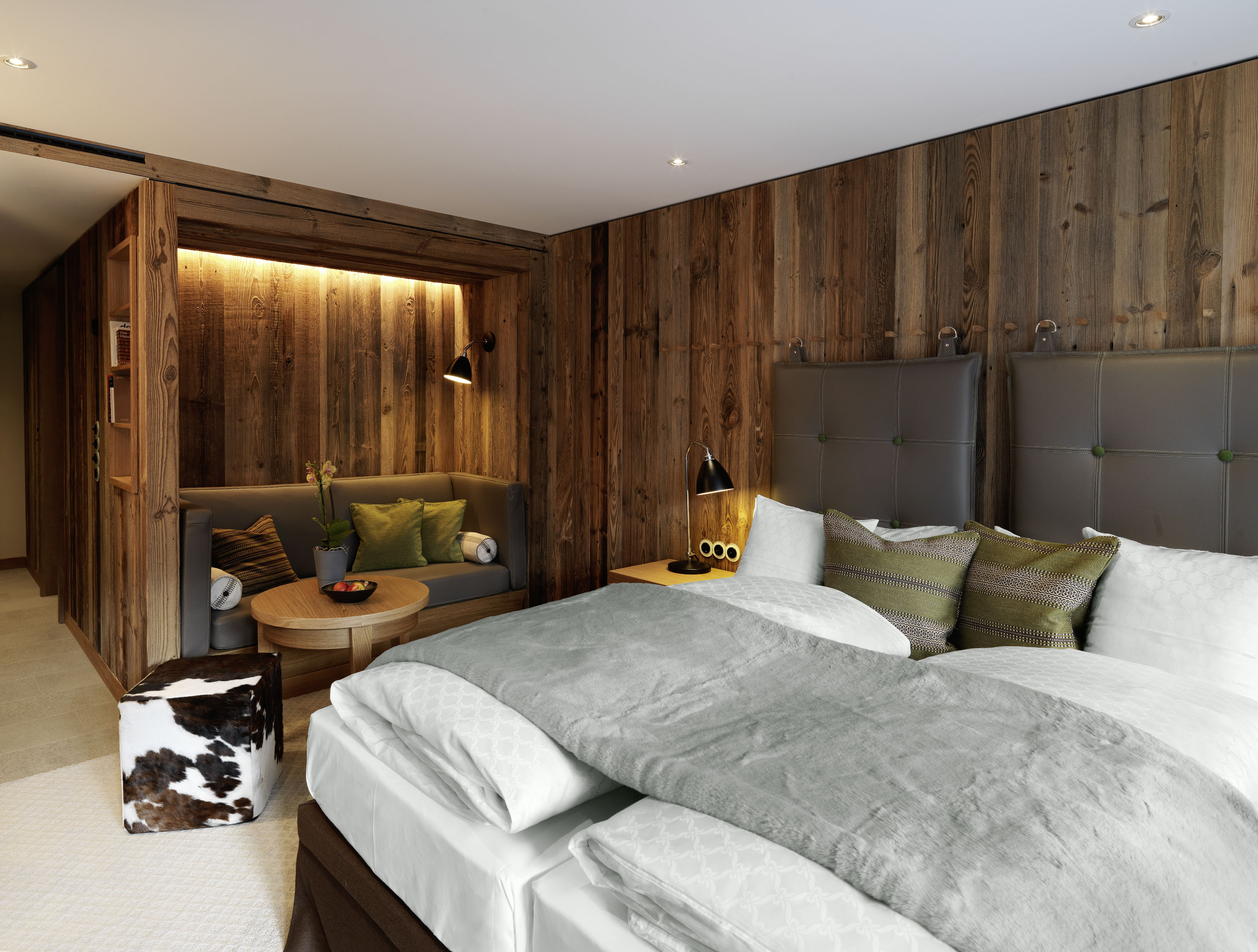 l wen hotel montafon golfferien im vorarlberger montafon tal. Black Bedroom Furniture Sets. Home Design Ideas