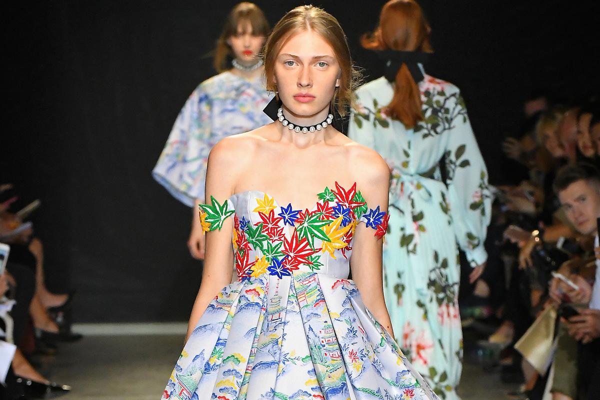 Pret a porter damenmode auf haute couture niveau von mode for Haute couture and pret a porter